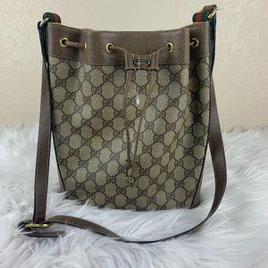 Gucci vintage bucket bag